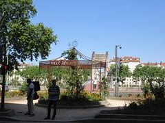 Kiosk on Quai Jean Moulin, view to Passerelle du Collège, Lyon, France (Paul McClure DC) Tags: lyon france july2017 auvergnerhônealpes historic architecture river scenery rhône presquîle