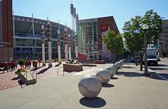 Great American Ball Park, Cincinnati, OH (SomePhotosTakenByMe) Tags: greatamericnaballpark baseball stadium stadion baum tree gebäude building outoftheordinary kurioses poller bollard urlaub vacation holiday usa america amerika unitedstates ohio cincinnati downtown innenstadt stadt city outdoor