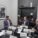 Governador participa de reunião com o embaixador do Reino Unido no Brasil, Vijay Rangarajan.