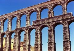 Roman Aqueduct, Segovia Spain (rodnorris99) Tags: nikon scannedslide nikkor28mmf28ais nikkormatftn segovia ais analog kodachrome 35mmfilm
