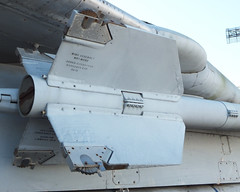AIM-9 Sidewinder Tail Fins (Ian E. Abbott) Tags: aim9 sidewinder aam missile usshornetseaairspacemuseum usshornetmuseum usshornet cv12 cvs12 essexclass aircraftcarrier museumship alameda