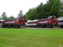 Matching S-1's (Michael Berry Railfan) Tags: plrr958 plrr959 alco americanlocomotivecompany hoborailroad newhampshire