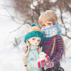 Snowbird (Hinakazari) Tags: volks megu sd10 f01 superdollfie foursisters rosenlied mignon holidays child msd snow winter photography bjd balljointdoll