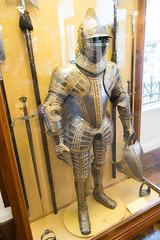 Fancy Italian armour (quinet) Tags: 2017 antik antiquitäten england london rüstung wallacecollection ancien antique armour armure militaire military militärische museum musée