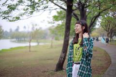 衛武營拍拍   高雄Kaohsiung (ibgsaker) Tags: 50mm canon lake portrait taiwan kaohsiung