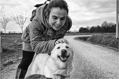 lovers (andaradagio) Tags: andaradagio bianconero bw canon dog cane miglioramicodelluomo nadiadagaro rifugioohana bandaa4zampeumbria