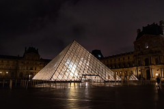 Louvre at night (and_raw) Tags: louvre museum noche night paris photography pyramid