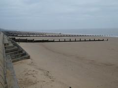 UK - Essex - Frinton-on-Sea - Beach (JulesFoto) Tags: uk england essex ramblershikeessex tendringpeninsula walking frintononsea beach