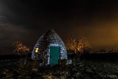El Chozo (Yorch Seif) Tags: noche night nocturna nocturnal lightpainting longexposure largaexposicion estrellas stars d7500 tokina1116