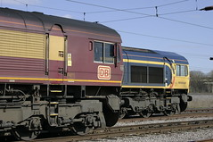 Rivals in old colours. 66 023 and 66 740. (Marra Man) Tags: class66 class660 class667 0v71 6a02 dbcargo gbrailfreight 66023 66740 kingmooryard carlislenetworkyard carlislekingmooryard