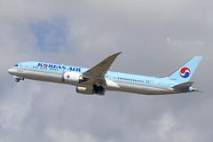 HL7209 B789 KOREAN AIR YBBN (Sierra Delta Aviation) Tags: korean air boeing b789 brisbane airport ybbn hl7209