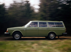 Volvo 245 DL (sisfelix) Tags: 245 historical exterior images 1975 2002 volvo24519741993