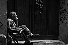 Memories (Roi.C) Tags: monochrome black white bw people outside outdoor candid ligh portrait italy napoli europe nikon d5300 nikkor september 2018 photography photo digital shot street city man old grandfather face sitting composition human humans persons picture town urban image camera interesting 18140mm humanbeings blackandwhite blackwhite absoluteblackandwhite
