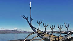 Sólfar, the sun voyager. Thank you so much Iceland. (Jano_Calvo) Tags: solfar voyager sculpture steel iceland reykjavik water bay shore sea ocean sony a6000 ilce mirrorless alpha 1650mm