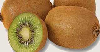 Kiwi strengthens your immune system to keep you from anemia