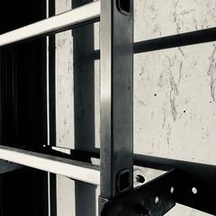 Shadow construction (frankdorgathen) Tags: abstract abstrakt bochum indoor sonnenaufgang sunrise licht light schatten shadow mundane monochrome blackandwhite schwarzweiss schwarzweis minimalismus minimalistic minimalism