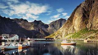 Norway - Reine - Bay-Pier-Mountain-Lofoten-Islands