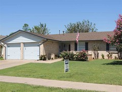 7011 SW WINCHESTER AVE, LAWTON, OK — MLS 148199 — CENTURY 21 Real Estate (adiovith11) Tags: homes lawton sale