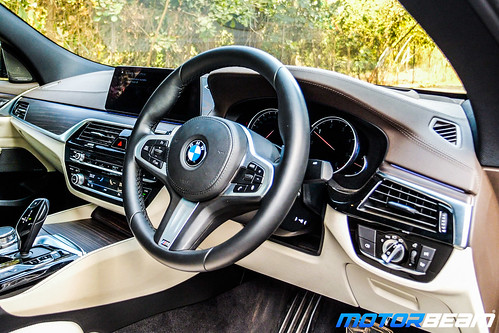 2019-BMW-630d-GT-1