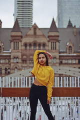 Estefany (TheJennire) Tags: photography fotografia foto photo canon camera camara colours colores cores light luz young tumblr indie teen adolescentcontent people portrait toronto canada winter fashion yellow ootd outfit 2019 girl