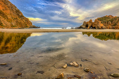 Passaggio a Ovest (Gio_guarda_le_stelle) Tags: pfeiffer beach california sunset evening 4 i atmosphere wave water sescape clouds sky westcoast pacific bigsur travel voyage reflection