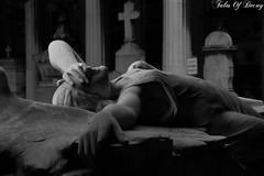 Genova, Cimitero Monumentale di Staglieno (Sven Kapunkt) Tags: friedhof friedhöfe cemetery cemeteries cimetière campo cimitero certosa gräber grab graveyard grabmal gothic grabstätte genova genua italia italien italy ligurien liguria engel angel statue staglieno