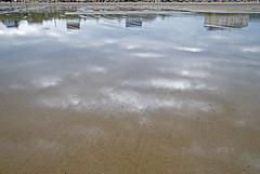 Normandie 2016 / Normandy 2016 (Joseff_K) Tags: reflet plage beach normandie normandy cotentin cloud nuage lamanche manche reflection sand sable nikon nikond80 d80 tamron tamron1750f28 highangleshot plongee