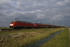 DB Cargo 189 075-5 + 189 054-0 met lege ertstrein over de Betuweroute bij Angeren richting Meteren 11-04-2019 (marcelwijers) Tags: db cargo 189 0755 0540 met lege ertstrein over de betuweroute bij angeren richting meteren 11042019 054 075 br baureihe class serie deutsche bahn betuwe nederland niederlande netherlands pays bas