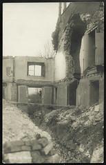 Archiv S93 Cernay bei Reims, WWI, 1914-1918 (Hans-Michael Tappen) Tags: archivhansmichaeltappen hausruine ruinen kriegsschäden zerstörung kriegsfolgen kriegstrümmer schützengaben ruine wwi 19141918