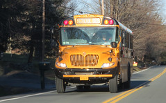 Mid-City Transit Corp. #191 (ThoseGuys119) Tags: midcitytransitcorp middletownny schoolbus icce thomasbuilt freightliner saftliner c2 fs65 tintedwindows