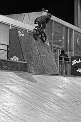 _DSC05302frébmx (fred bmx mairet) Tags: bmx tpg tpg2018 bossoffpaname boss paname egp18 espace glisse paris 18 france bike biker ride rider bowl street funbox urbain urban sport extrême xtrem action velo biking freestyle jump freeride contest competition report reportage 70200mm 70200 nikon nikkor
