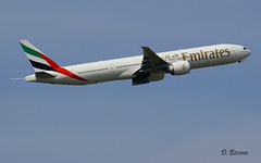Boeing B777 ~ A6-EBC  Emirates (Aero.passion DBC-1) Tags: spotting cdg 2008 roissy dbc1 david aeropassion avion aircraft aviation plane airport airlines airliner biscove boeing b777 ~ a6ebc emirates