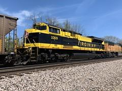 NS 1069 (Christian Schnake) Tags: ns 1069 springfield mo bnsf empty virginian thayer north sub rwsx scherer heritage coal train