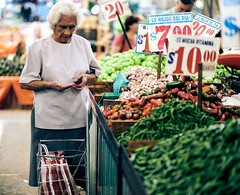 Eat your veggies (Frederik Trovatten) Tags: streetphotography street streetportrait streets streetphotos people stranger vegetables fruit grocery store oldwoman lady shopping mexico mexicocity mexican woman chili fuji fujifilm xt3 person candid candidphotography