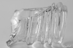 Damaged  Glass (Digifred.nl) Tags: macromondays picktwo digifred 2019 nederland netherlands pentaxk5 hmm macro macrophotography closeup damaged glass bottle beschadigd gebroken glas fles