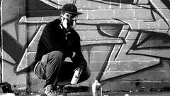 Oldenburg - (street: Melkbrink) 773rd picture / Graffiti, street art (tusuwe.groeber) Tags: projekt project lovelycity graffiti germany deutschland lowersaxony oldenburg city streetart niedersachsen farbig farben favorit colourful colour sony sonyphotographing nex7 bunt red rot art gebäude building gelb grün green yellow konzept concept wall wand halloffame wandgestaltung lager lagerhalle hall halle melkbrink black white bw sw schwarz weis blanco negro