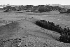 Amarbaysgalant Monastery, Mongolia (bm^) Tags: travel amarbaysgalantmonastery selenge mongolië mn mongolia buddhist buddha distagont228 distagon282zf nikon d700 bw blackandwhite black white blackwhitephotos zf2 zeiss carl nikond700 zwart wit zwartwit
