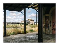 Barreiro, Portugal (Sr. Cordeiro) Tags: barreiro portugal margemsul abandoned abandonada abandonado estação station estaçãodecomboios trainstation panasonic lumix gx80 gx85 14140mm