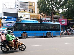 Foton BJ6931C6MCB on bus line number 18: September 23rd park <-> Hiệp Thành market  Vehicle license plate: 51B - 402.67 (phanphuongphi) Tags: buytsaigon bus18 fotonbus cngbus ngvbus congvien23thang9 chobenthanh benthanhmarket daihockhoahocxahoivanhanvantphcm truongthptvothisau benhvienquanbinhthanh benhvienungbuou chuagialam chogovap daihoccongnghieptphcm nganamchuongcho uybannhandanquangovap langtreemsos congvienphanmemquangtrung chohiepthanh