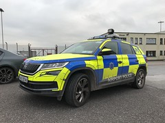 Airport Police Vehicle - Skoda SUV - Cork, Ireland (firehouse.ie) Tags: polis policia polizia polizei voiture automobile l'auto coche suv skoda car vehicle lawenforcement police eire cork aerodrome aeroport airports airport skodakodiaq