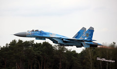 Take-off Su-27 Ukrainian Air Force at KB 8 september 20182018-09-08 16-10-07_3489 mod et signée (vincent.lempereur) Tags: su27 fighter chasseur plane militaryaircraft militaryaviation avion kb