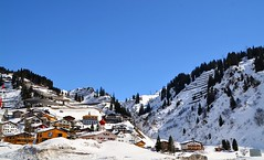 St Anton am Arlberg ski, Austria (jamesalexandermichie) Tags: anton saint arlberg ski austria winter landscape mountains sky blue white snowcapped snowy skiing skier