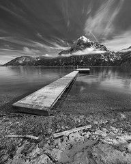 Traunstein and Bräuwiese jetty (Wolfgang Hackl) Tags: mountain traunstein austria snow traunsee alps jetty beach cloudformations clouds pebbles shore