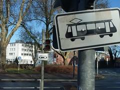 Schildergeneration (mkorsakov) Tags: dortmund nordstadt hafen schild sign strassenbahn tram generation
