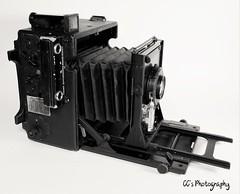 USAAF WWII Speed Graphic - 1944 (http://www.yashicasailorboy.com) Tags: graflex speedgraphic wwii ww2 film 4x5 camera 1944 usa kodak ektar lens anniversarygraphic blackcamera bw largeformat