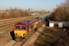 66090 - 6H55 - 2019-02-15 - In Explore! (BillyGoat75) Tags: class66 66090 dbcargo imminghambiomasstodraxps freight hatfieldstainforthstation railway stainforth doncaster southyorkshire 6h55