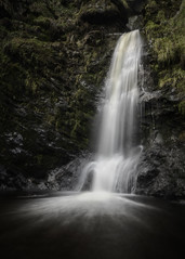 Trouss'Eau (markrd5) Tags: wrs waterfall cascade water flow rocks pistyllrhaeadr wales neverbeentherebefore nonsense nature longexposure givenchylipstickinmousseline ff