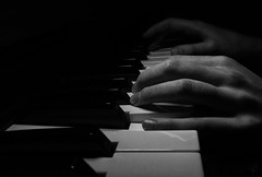 365 - Image 087 - Piano... (Gary Neville) Tags: 365 365images 6th365 photoaday 2019 sony sonycybershotrx100vi rx100vi vi garyneville