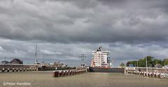 Kiel Canal / Nord-Ostsee-Kanal / Brunsbüttel (peterkaroblis) Tags: nordostseekanal kielcanal schleuse lock germany schiff ship wasser wolken water clouds