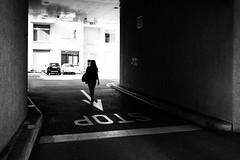 STOP (gato-gato-gato) Tags: apsc europa fuji fujifilmx100f switzerland x100f zurich autofocus flickr gatogatogato pocketcam pointandshoot wwwgatogatogatoch black white schwarz weiss bw blanco negro monochrom monochrome blanc noir streetphotography street strasse strase onthestreets streettogs streetpic streetphotographer mensch person human pedestrian fussgänger fusgänger passant schweiz suisse svizzera sviss zwitserland isviçre zuerich zurigo zueri fujifilm fujix x100 x100p digital